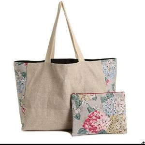 Nwt dsw floral tote bag with pouch